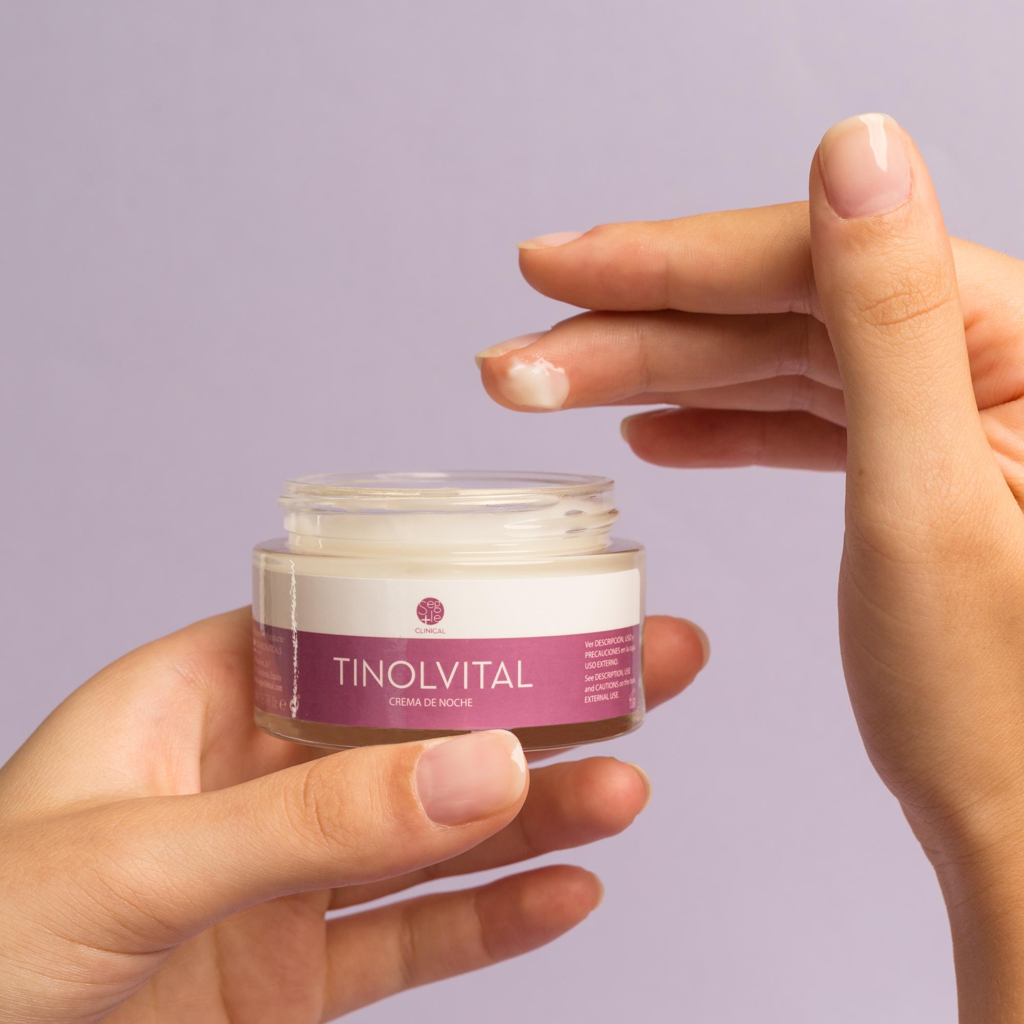 Foto con modelo crema tinolvital